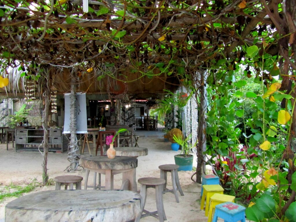 restaurantes na praia dos carneiros
