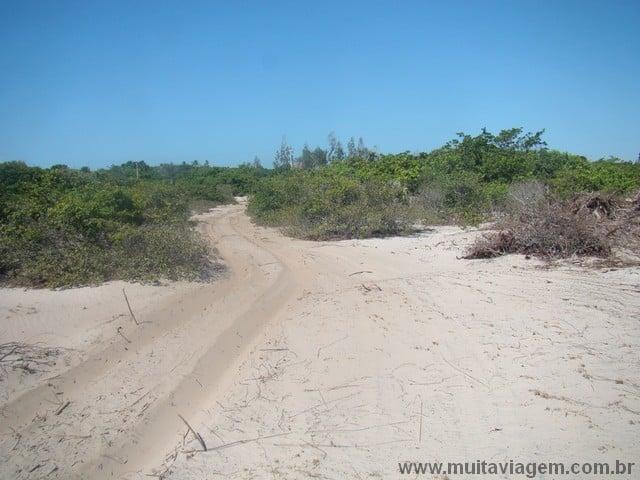 O motorista tem que saber andar nas estradas de areia do interior do Maranhão