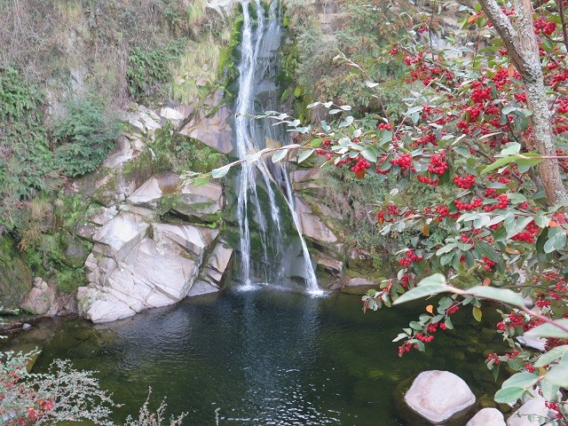 cachoeira-agua-cumbrecita