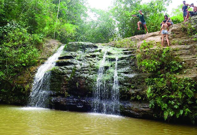 A cachoeira da cascatinha é a mais bonita de Caldas Novas.