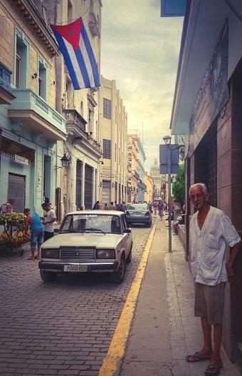 O povo cubano é acolhedor e a atmosfera é única