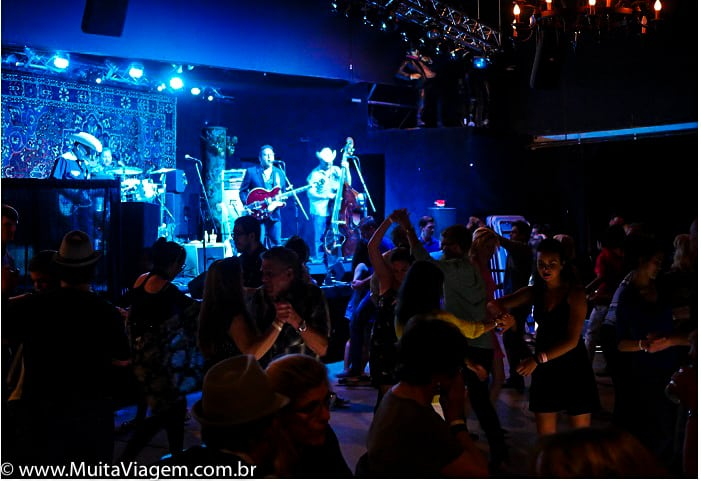 bar música ao vivo