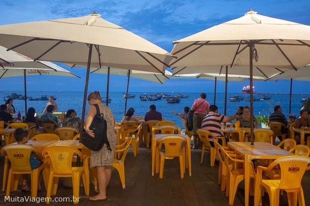 Para começar a noite em Fortaleza, um peixinho cai bem