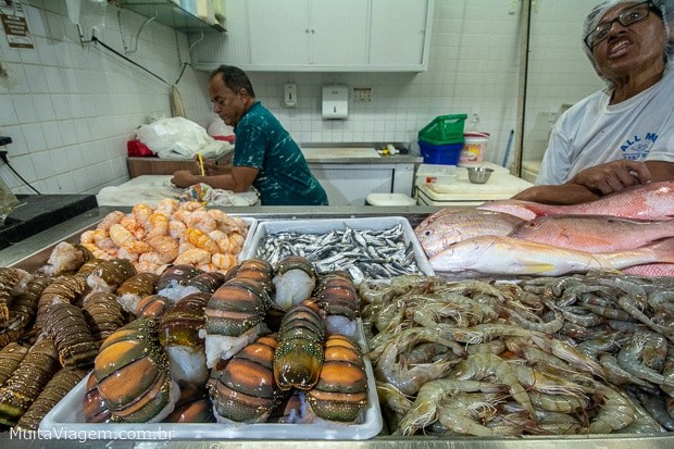 O Mercado dos Peixes é um dos melhores lugares onde comer peixe em Fortaleza